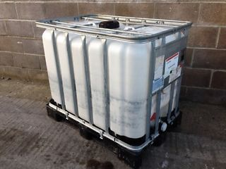 600 Litre , Clear HDPE, IBC Bulk Container, Vertical Bars, Plastic Base